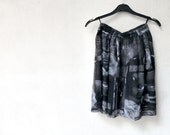 Black Grey White Skirt / Pleated Flared / Violin Rose Print / Vintage 90s