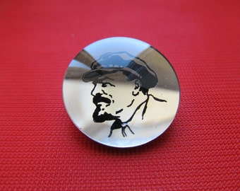 Vintage Soviet Union pin brooch  with Lenin,  Soviet era badge, collectibles