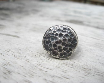 Hammered rustic sterling silver ring size 5 3/4 (R26)