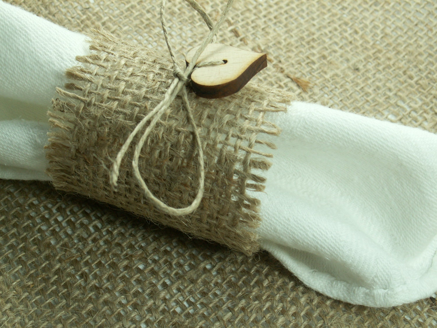 Rustic Style Rustic 160 Burlap Napkin Rings With Wood Heart , Wedding Decor  , Country Wedding