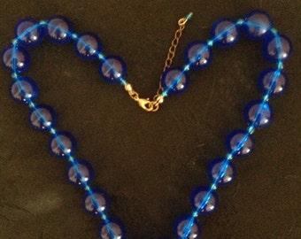 Vintage Royal Blue Lucite Necklace 50s