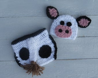 Baby Cow Outfit / Cow Hat with Diaper Cover / Baby Cow Hat / Cow Photo Props / Crochet Cow Hat and Diaper Cover