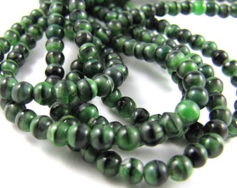 Green Black Swirl 4mm Smooth Round Czech Glass  Beads 100pc #1752