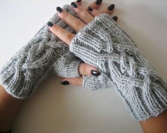 Fingerless Gloves, Cable Knitted Fingerless Gloves, gray merino wool, women fingerless winter gloves Mitts, Light Gray Mittens, Wristwarmers