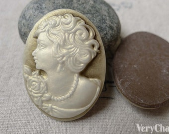10 pcs Resin Antiqued Victorian Lady Oval Cameo Cabochon 28x37mm A6888