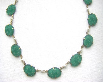 Art Deco  jade necklace. glass jade pearl antique necklace. 1930s european  faux jade vintage necklace antique jewelry.