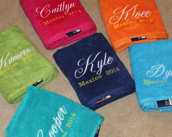 6 Embroidered Towels with Name and Event