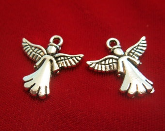 """BULK! 25pc """"angel"""" charms in antique silver style (BC140B)"""