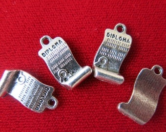 "10pc ""Diploma"" charms in antique silver style (BC339)"