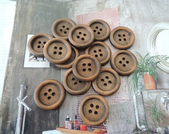 30Pcs  20mm Brown Coffee  Wood button 4 holes( W535)