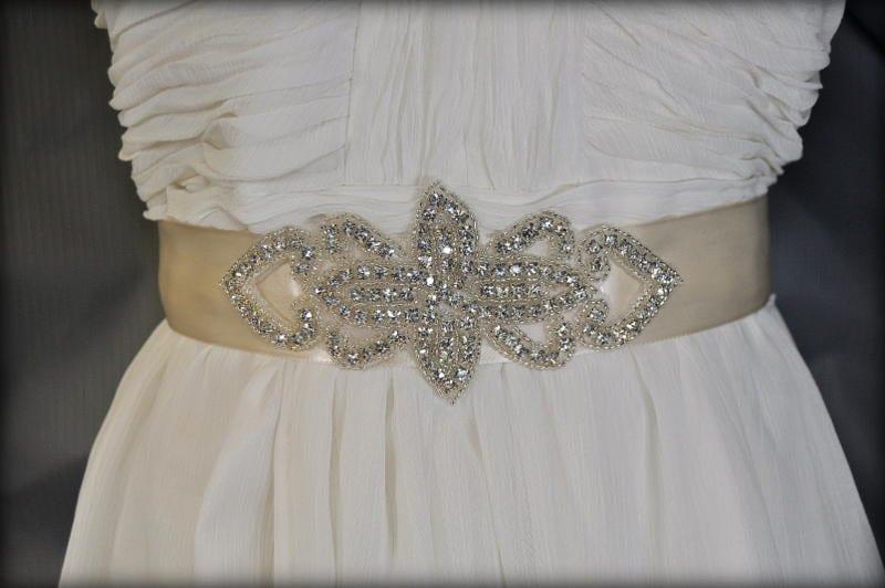 diy wedding sash applique diy weddings diy by thebrightshopdiy