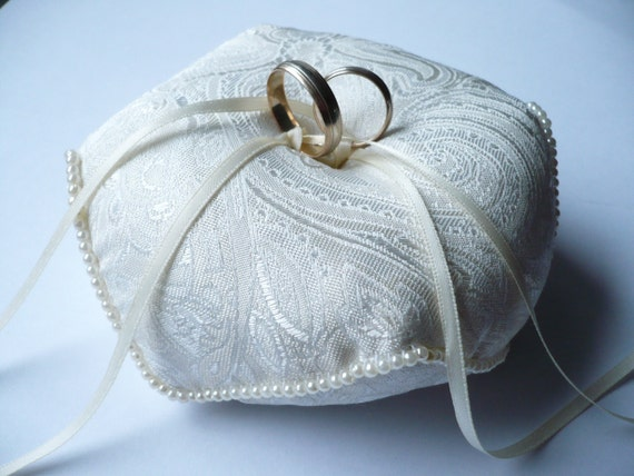 Wedding ring pillow Ivory wedding ring pillow by InColours on Etsy