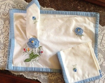 Set of Four Vintage Applique Placemats with Matching Napkins
