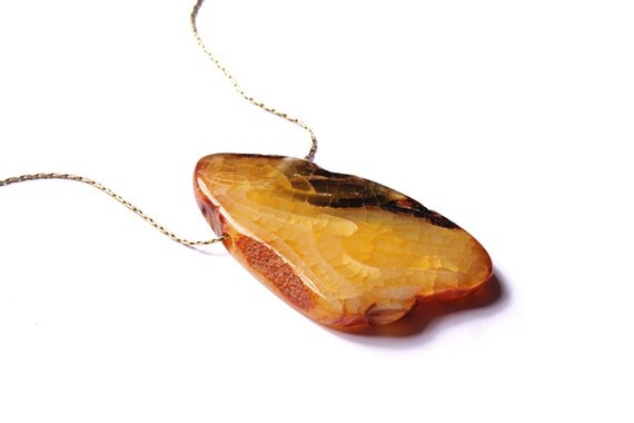 Yellow agate - one large and chunky bead