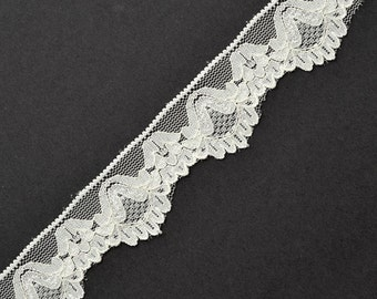 Raschel Stretch Lace Trim for bridal, apparel, home décor, 1-1/8  Inch by 1 Yard, Off White, WIN-048