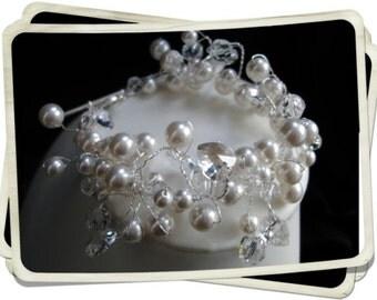 Cuff Bracelet, Chunky Bracelet, Bridal Cuff, Bracelet Cuff, Bridal Bracelet, Crystal & Pearl Cuff Bracelet, Bridal Jewelry - VALENTINE