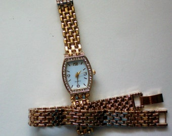 Matching Bracelet and Crystal Accented Watch - 3317