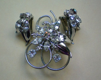 Rhinestone Set of Pendant / Brooch and Clip Earrings - 1599