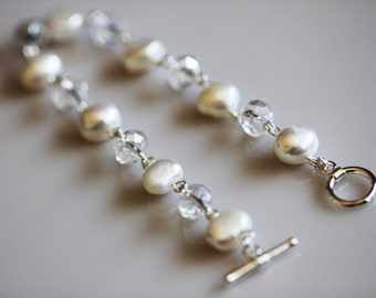 White Pearl Bracelet Freshwater Pearl and Clear Crystal Bracelet Feminine Jewelry Silver Bracelet Toggle Clasp Bridal Jewelry