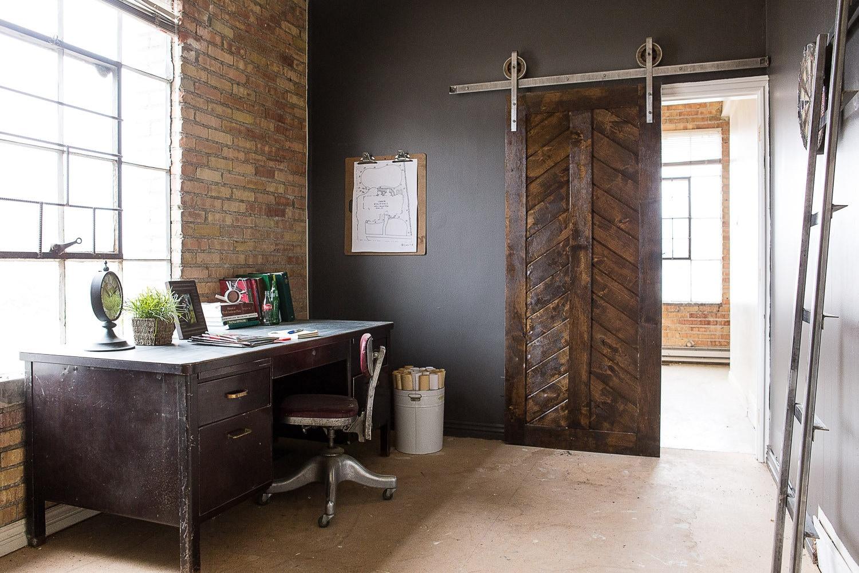 Rustic Industrial European Sliding Steel Barn Wood Door Closet