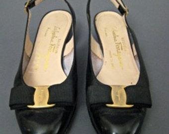 80s 90s Vintage FERRAGAMO Vara SIGNATURE Bow Patent leather Slingback Shoes Size 6.5 6 varina dressy