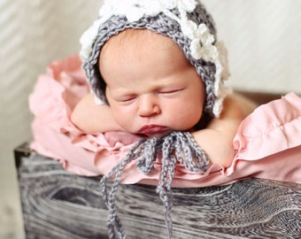 Crocheted daisy chain bonnet, crochet baby hat, newborn gift, crocheted bonnet, baby bonnet, baby photo prop, baby gift