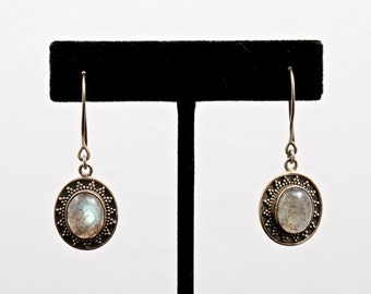 Labradorite 043 - Earrings - Sterling Silver