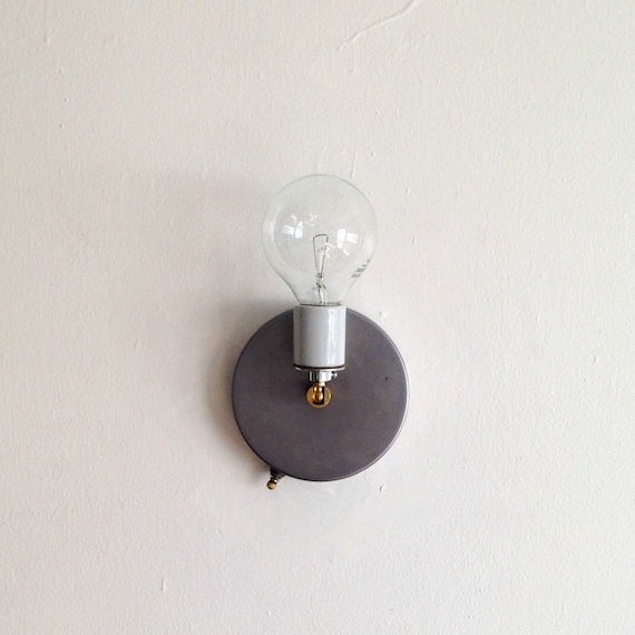Switched Wall Light with Cable and Plug Porcelain Base