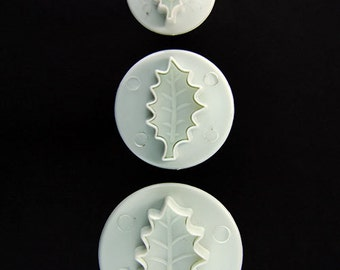 Holly Leaf Pattern Clay Cutters (Pkg of 3) By Lisa Pavelka  (MC1903)