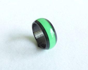 carbon fiber & green line