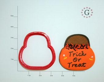 Trick Or Treat Pail Cookie Cutter