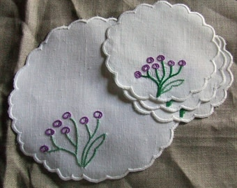 Doilies with little circles