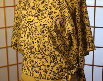 Japanese blue flower print blouse with Ribbon