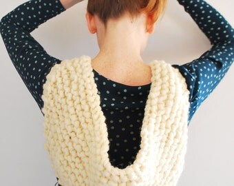 Super Chunky Shawl / Untreated Sheep Wool / Eco-friendly