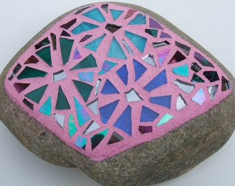 Mosaic Floral Decorative Rock -Garden Stone-Paperweight, Handmade Stained Glass Mosaic Design