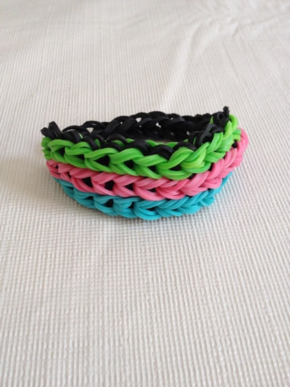 Items similar to Rainbow Loom