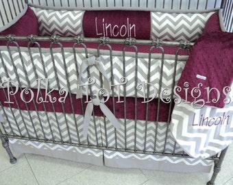 4 Pc Maroon & Gray Crib Set