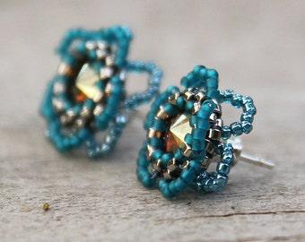 Romantic flower earring - stud earring flower - sterling silver post earring - nature inspired jewelry - teal flower earrings - art beadwork