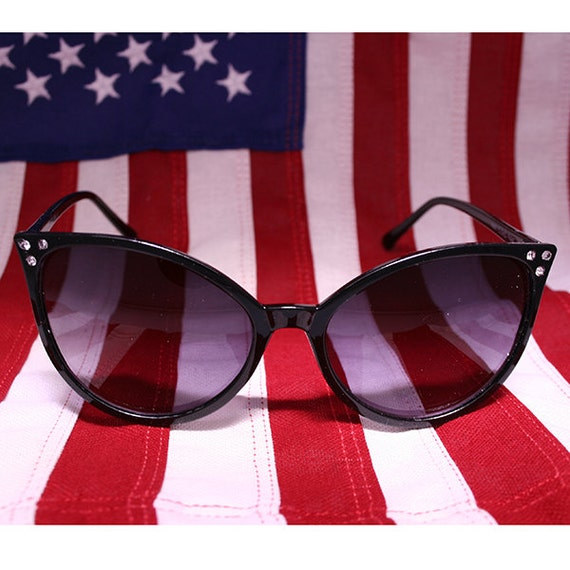 60's Pin Up Mod Cat Eye Sunglasses In Black By ParsifalCave