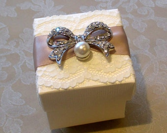 Vintage Pearl and Diamante Bow Decorated Wedding Favour. Bespoke. Various Colour Options.