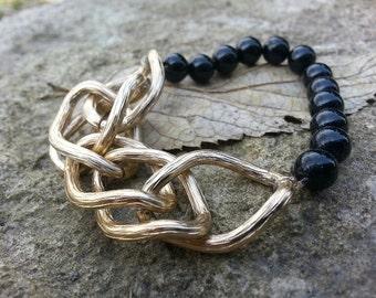 Bracelet - Vintage Gold Link & Black Bead Stretch