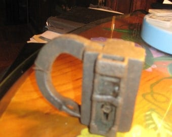 Authentic HARRY HOUDINI LOCK-Owned by Dunninger