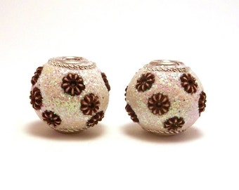 2 White Glitter Beads, 13mm Handmade Focal Bead, Slider Beads, Glitter Beads, White Beads, Large Hole Beads, Unique Beads, Decorative Bead