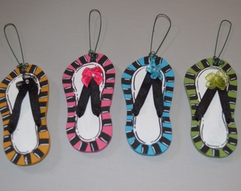 Personalized Wooden Flip Flop Sandal Thong Summer Tree Ornament - Your Name - Christmas Holiday - Hand Painted Wood