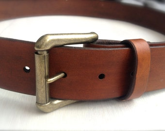 Personalized Leather Belt - Tan Brown Belt with Custom Name Engraving - Antique Brass Buckle with Brown Leather Belt