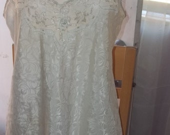 Ivory Floral Chemise by Dentelle