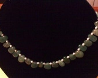 Jade Necklace with mini Pearls