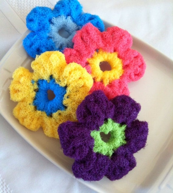 Crocheting Pot Scrubbers : Scrubbies Nylon Pot Scrubber, 4 Flower Crocheted Dish Scrubbies ...