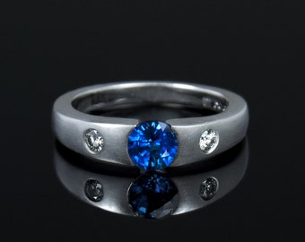 Contemporary Gemstone Ring with side diamonds