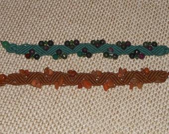 Macramé bracelet with semi-precious Brown